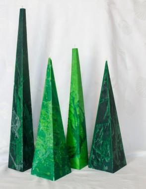 pyramide kaarsen van 14 tot 60 cm. (diverse kleuren)